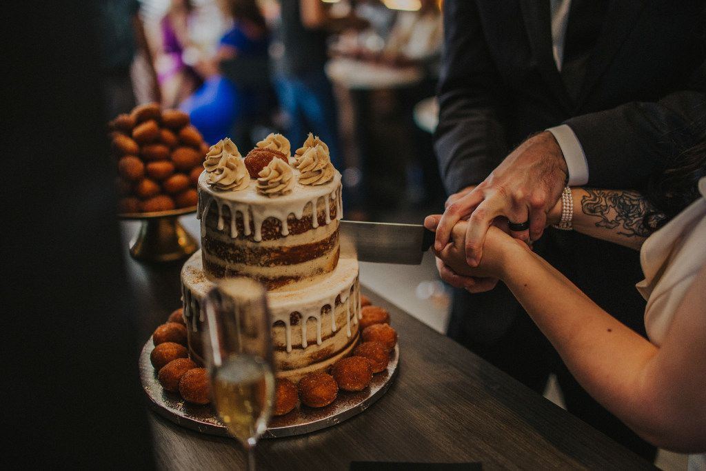 The Taco Bell Love and Tacos wedding includes a Cinnabon Delights cake.