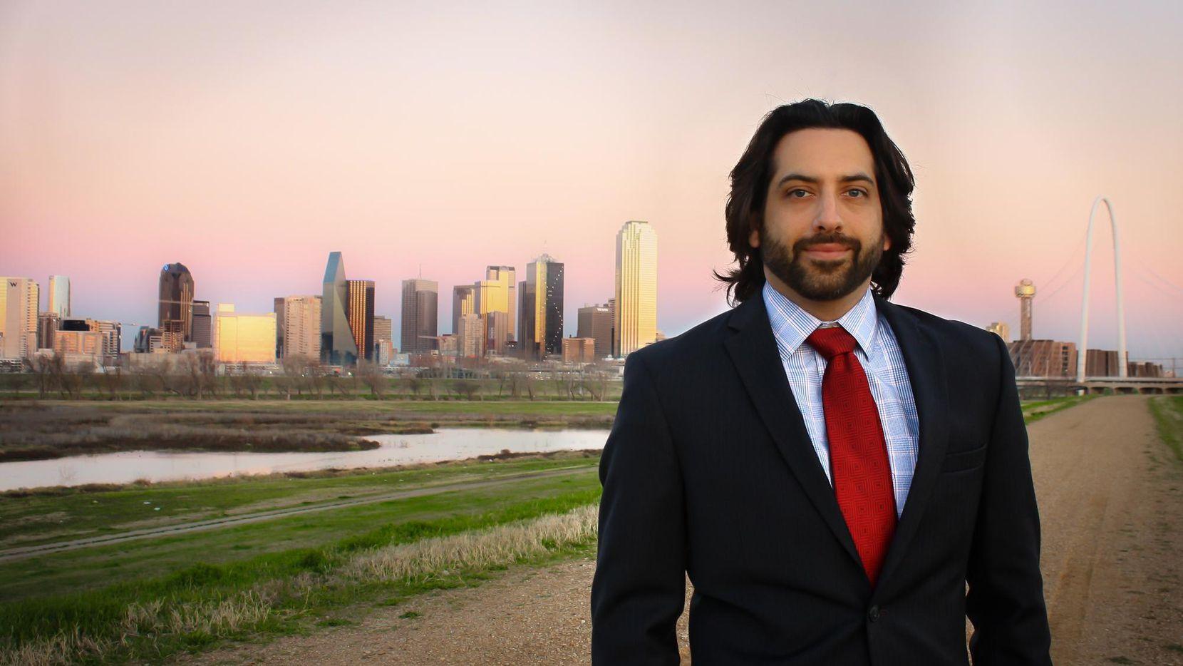 Alex Dickey, candidato a concejal por el distrito 6 que abarca a West Dallas y otras áreas aledañas(CORTESÍA)
