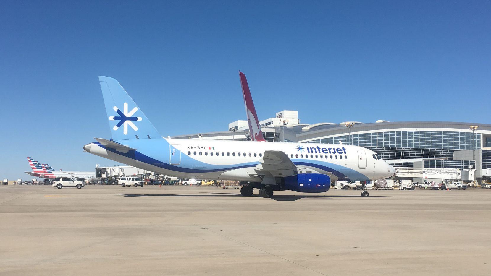 La aerolínea mexicana Interjet comenzó a operar esta semana un vuelo desde D/FW a la Ciudad de México. KARINA RAMÍREZ/AL DÍA