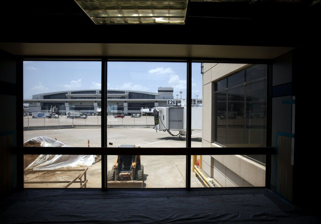 A view of Terminal E from the E satellite terminal at DFW Airport in Grapevine, Texas on Monday, July 16, 2012. The airport reopened the satellite to allow nine new gates. (Brad Loper/The Dallas Morning News) 07292012xBIZ