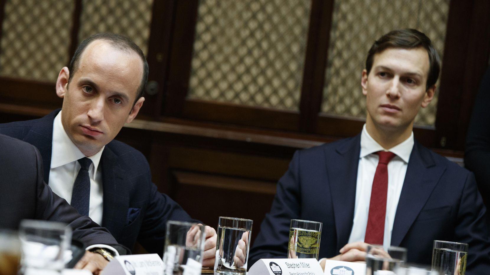 Stephen Miller y Jared Kuchner, asesores del presidente Donald Trump.(AP)