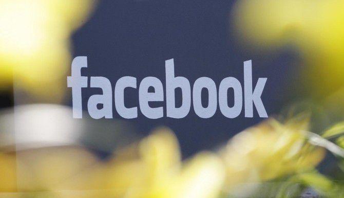 La red social ya ha sido una herramiento utilizada por los usuarios para contribuir a resolver casos de niños perdidos. (AP/PAUL SAKUMA)