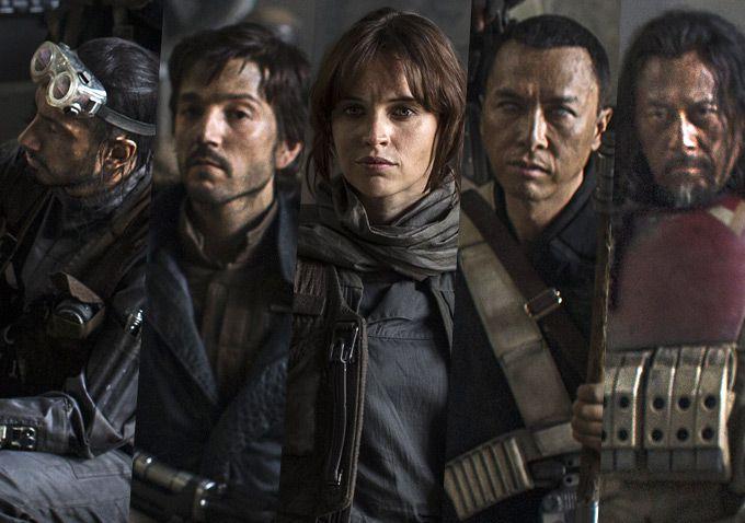 Felicity Jones, al centro, protagonista de Rogue One: A Star Wars Story