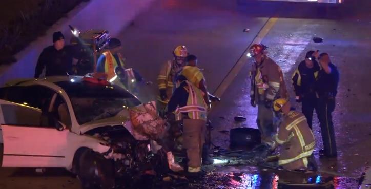 Una mujer bajo sospecha de manejar intoxicada fue arrestada por homicidio involuntario en la Central Expressway.