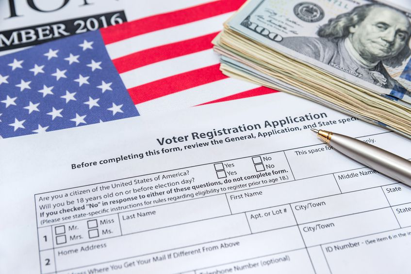 Hoy es Voter Registration Day / Istock