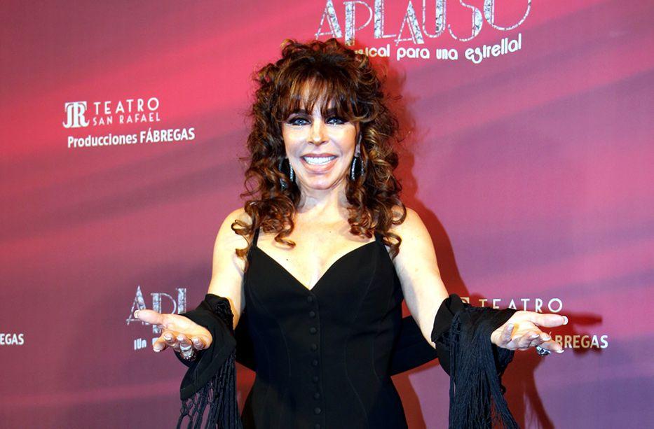 Verónica Castro regresó a los escenarios teatrales después de ocho años, con la obra Aplauso: ¡Un Musical para una Estrella!/AGENCIA REFORMA