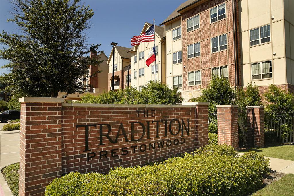 La comunidad de adultos mayores The Tradition-Prestonwood es una de las que ha sido demandadas por el caso de un asesino serial que mató a al menos 13 ancianas. TOM FOX/DMN