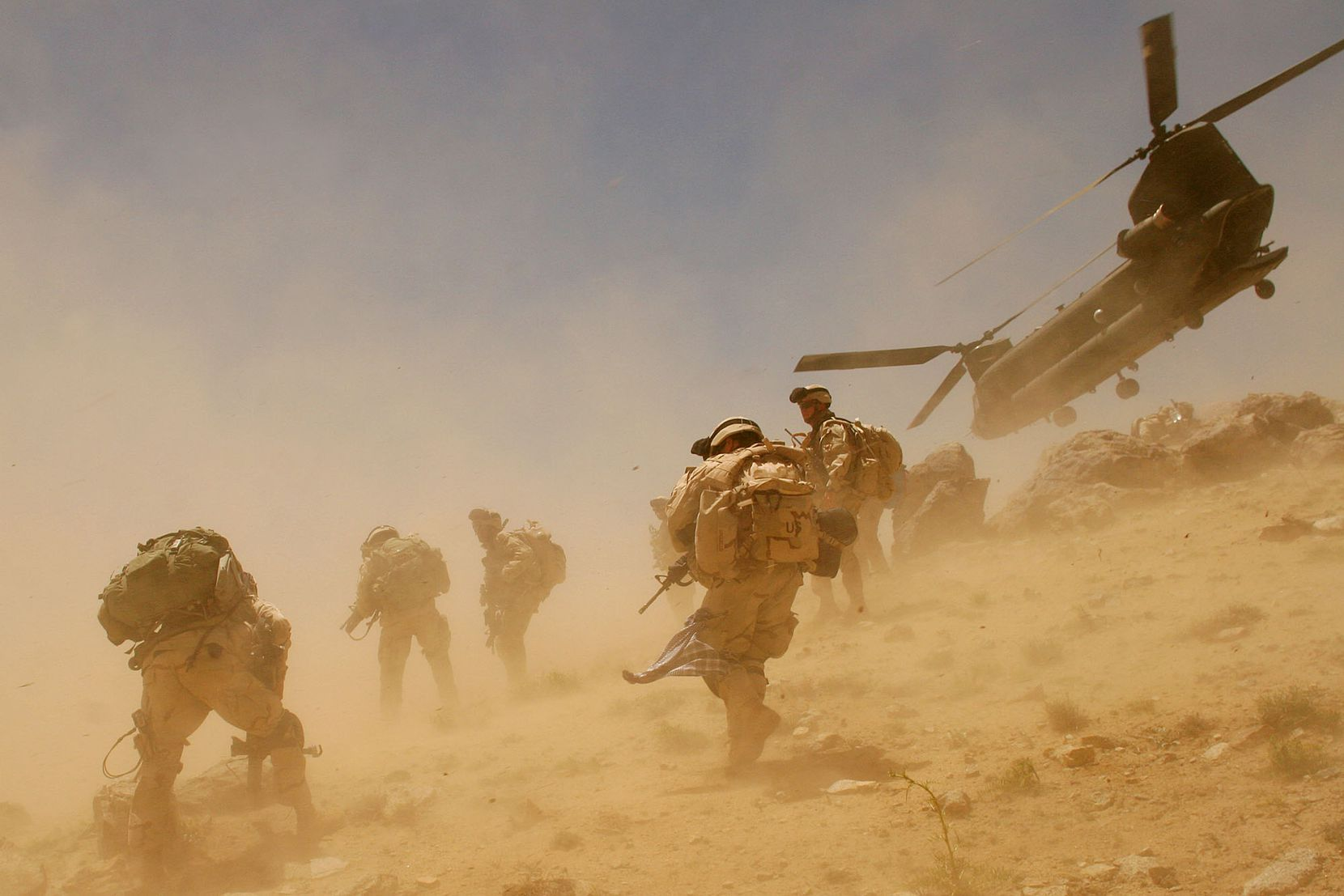 A CH-47 Chinook helicopter takes off after dropping soldiers in Zabul province in Afghanistan