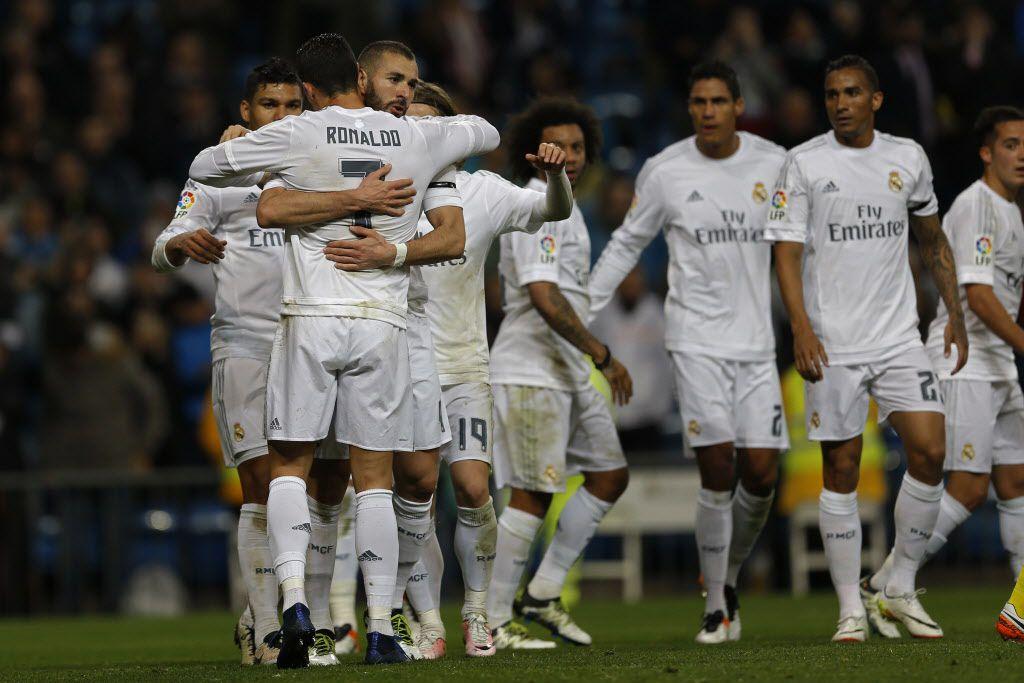 Karim Benzema y Cristiano Ronaldo son duda con el Madrid. Foto AP