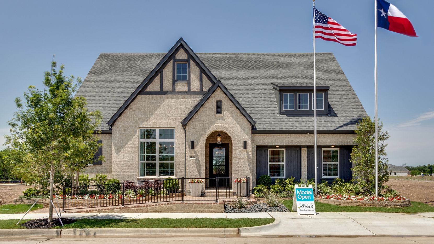 Drees Custom Homes' new models in the Viridian development are aimed at 55-plus buyers.