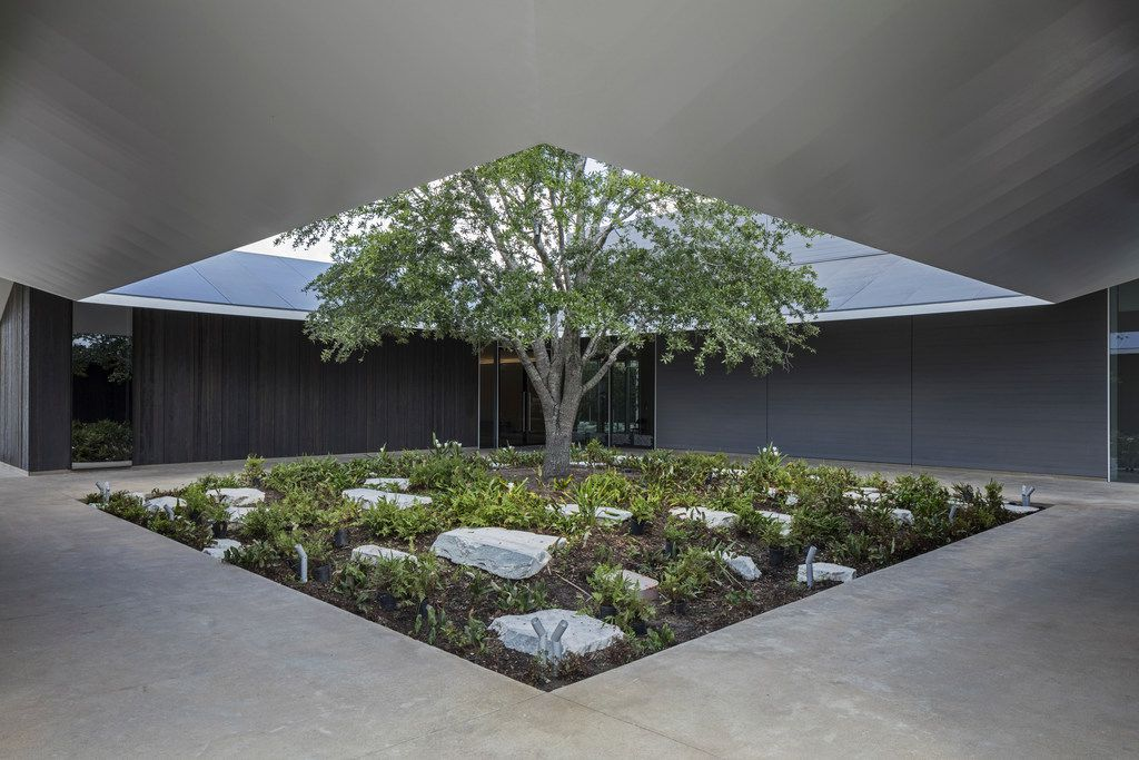 East Courtyard of the Louisa Stude Sarofim Building housing the Menil Drawing Institute, at The Menil Collection in Houston. Johnston Marklee, architects; Michael Van Valkenburgh Associates, landscape architects
