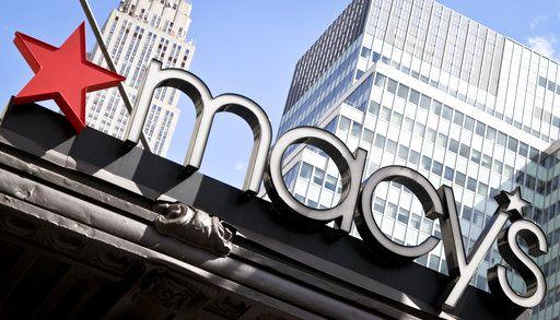 El exterior de la tienda Macy's en Nueva York. Macy's y Best Buy están ampliando sus servicios de entrega el mismo día en un intento por competir con el gigante de las ventas online, Amazon. Foto AP