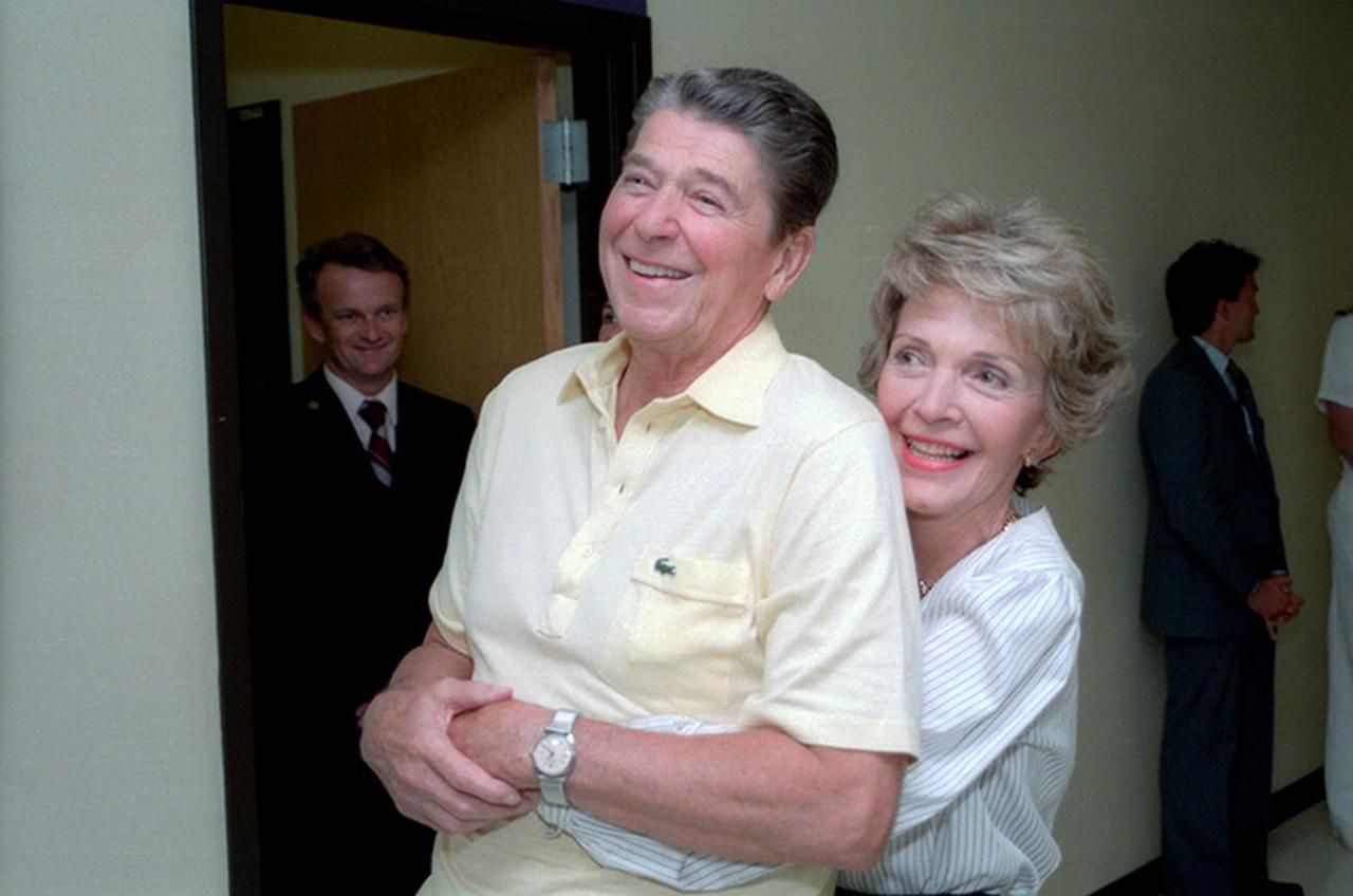 President Reagan and Nancy Reagan together in Bethesda Naval Hospital in September 1985.