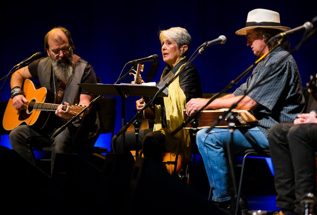 Steve Earle, Joan Baez and James McMurtry perform at Lampadusa: Concerts for Refugees in Dallas.