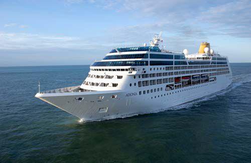 Un barco MV Adonia de 704 pasajeros, similar al barco utilizado para viajes a Cuba.