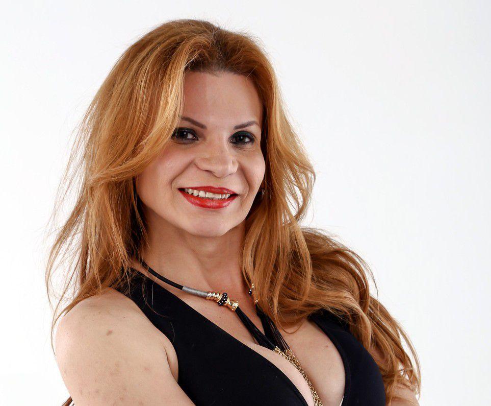 Mhoni Vidente aseguró que más de una persona querrá la herencia que dejó Juan Gabriel y que quizá le salgan sus amores escondidos./AGENCIA REFORMA