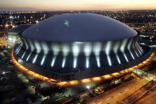 El Mercedes-Benz Superdome en Nueva Orleáns albergará el Super Bowl en 2024. Foto AP