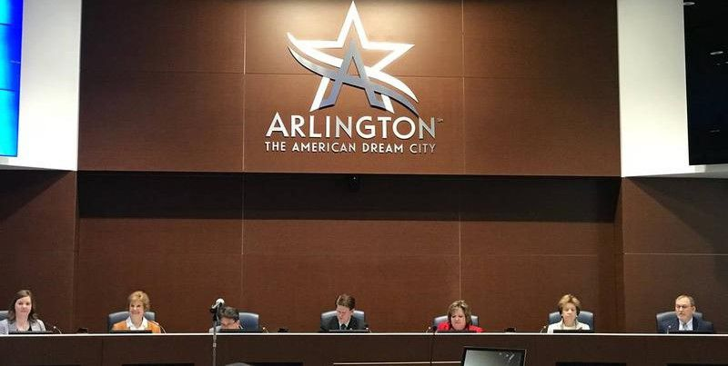 Letters: Arlington City Council, Dallas Zoo, elephants, Klyde Warren Park