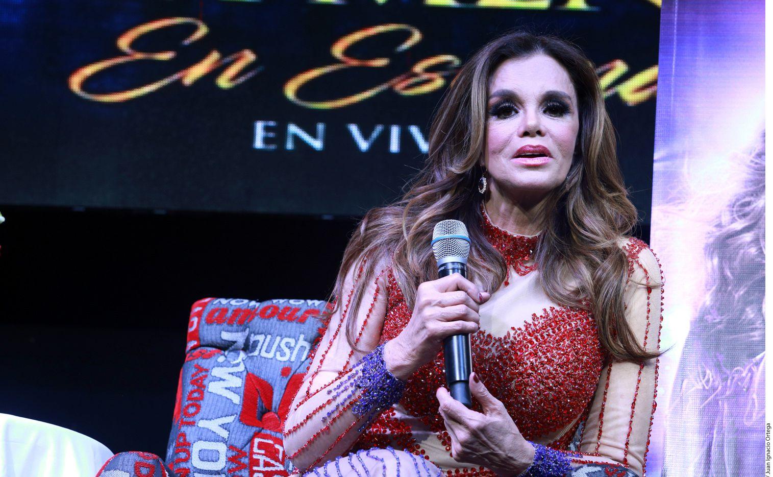La cantante y actriz Lucía Méndez mantiene su figura con una alimentación sana y dos horas de ejercicio / AGENCIA REFORMA