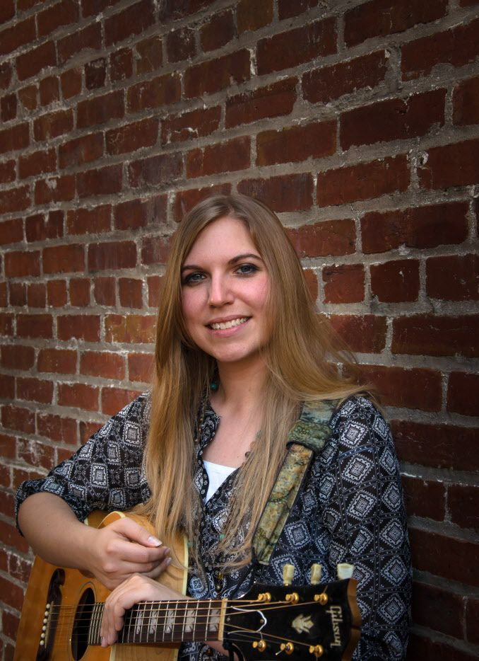 Singer-songwriter Kipyn Martin will perform Friday night at Uncle Calvin's Coffeehouse in Dallas.