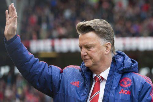 Louis van Gaal se van del Man Utd. Foto AP