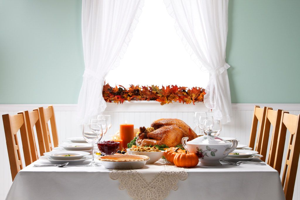 The Thanksgiving table is set for some rousing conversation. (iStock)