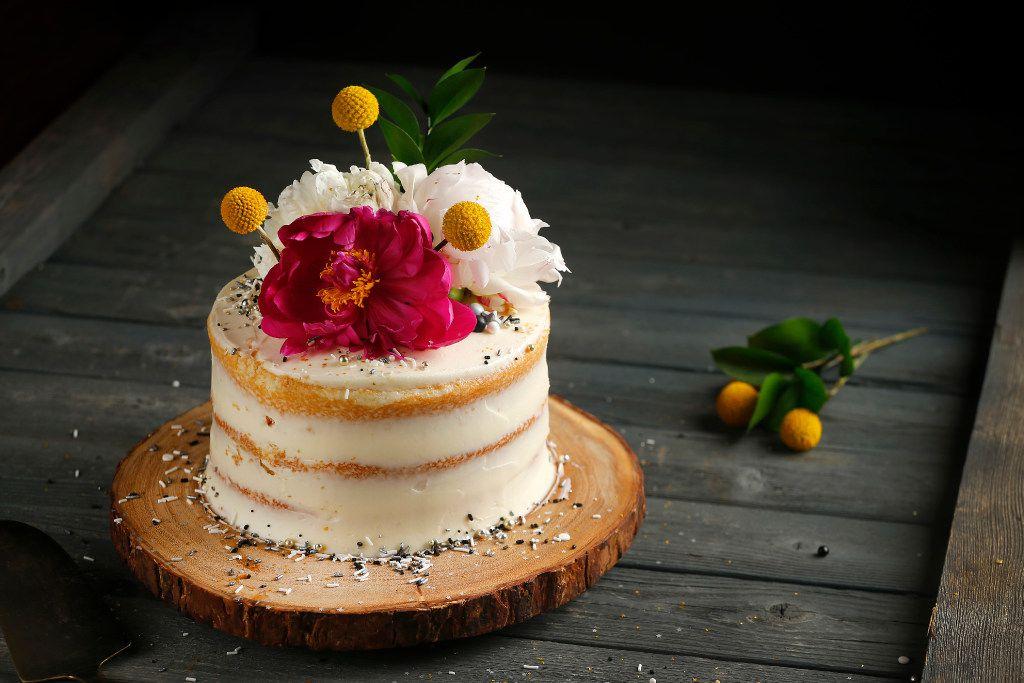 Local baker Kristen Massad demonstrated how to make a 'Naked' cake.