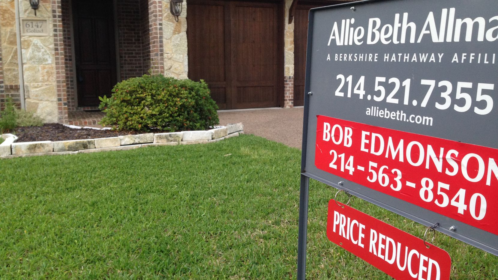 Dallas-Fort Worth home prices are overvalued by 10% to 14%, Fitch Ratings estimates.