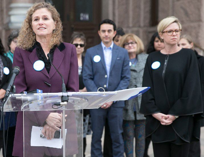 """Austin Democratic Rep. Donna Howard, at microphone, wants to create the """"State of Texas Wealth Fund"""" using $2 billion of rainy-day money. (2016 File Photo/Austin American-Statesman)"""