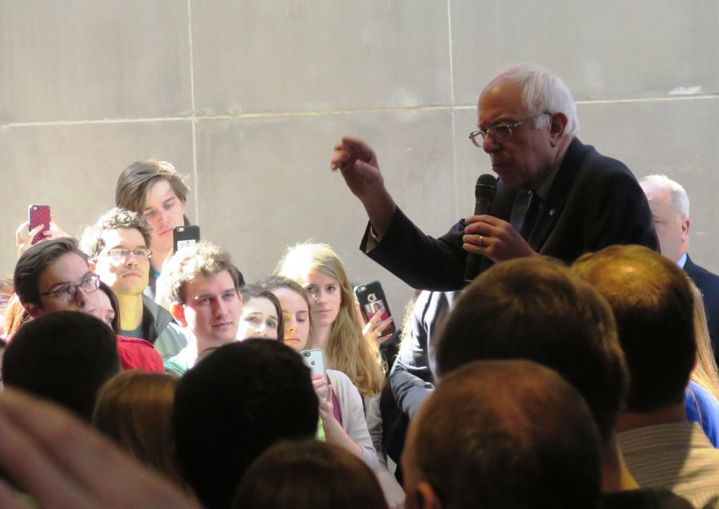 Sen. Bernie Sanders stumps at the University of South Carolina on Feb. 16, 2016. (staff/Todd J. Gillman)