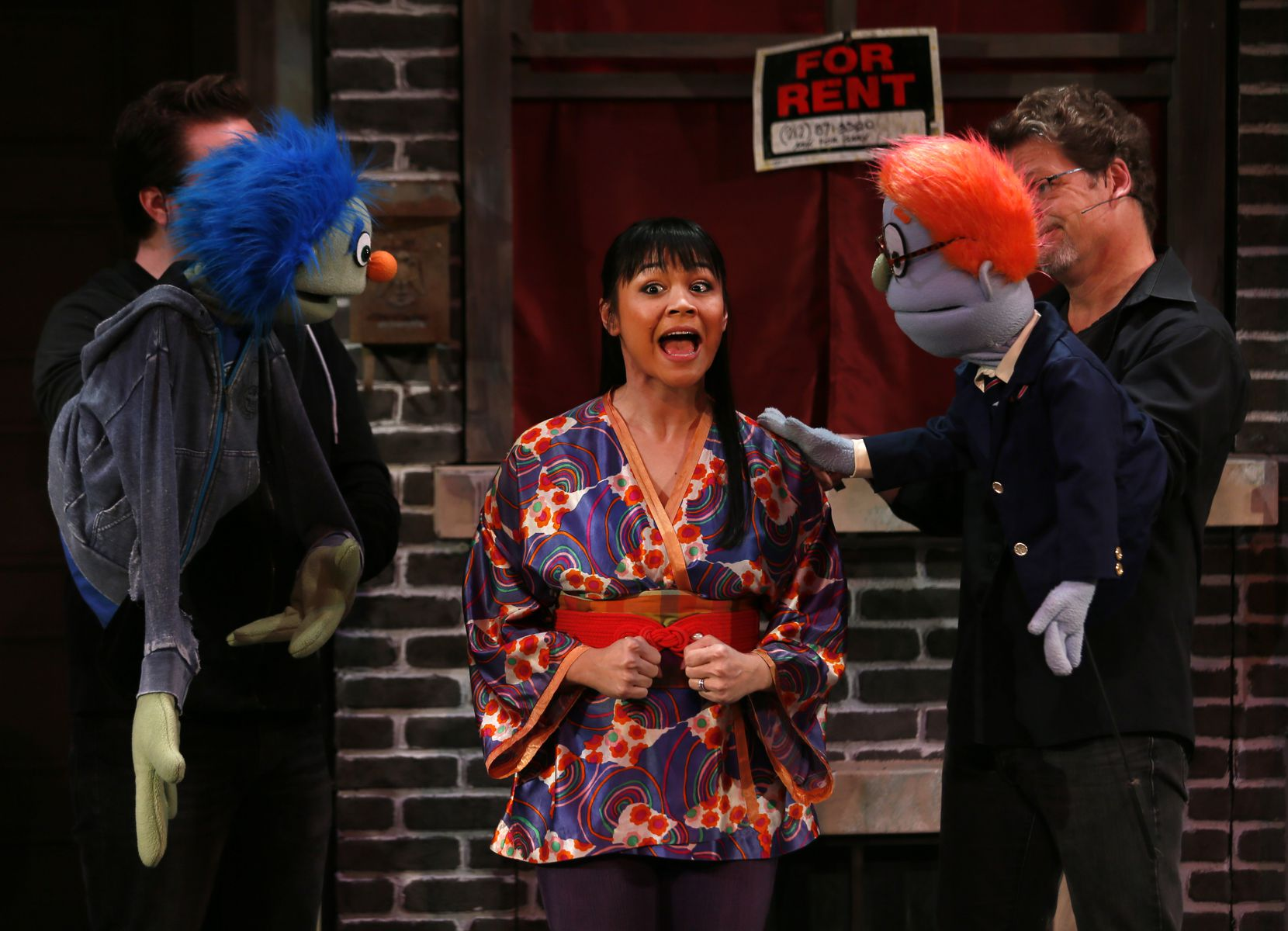 Avenue Q Christmas Eve.The Sweetness Becomes Clearer As Shock Of Avenue Q Fades