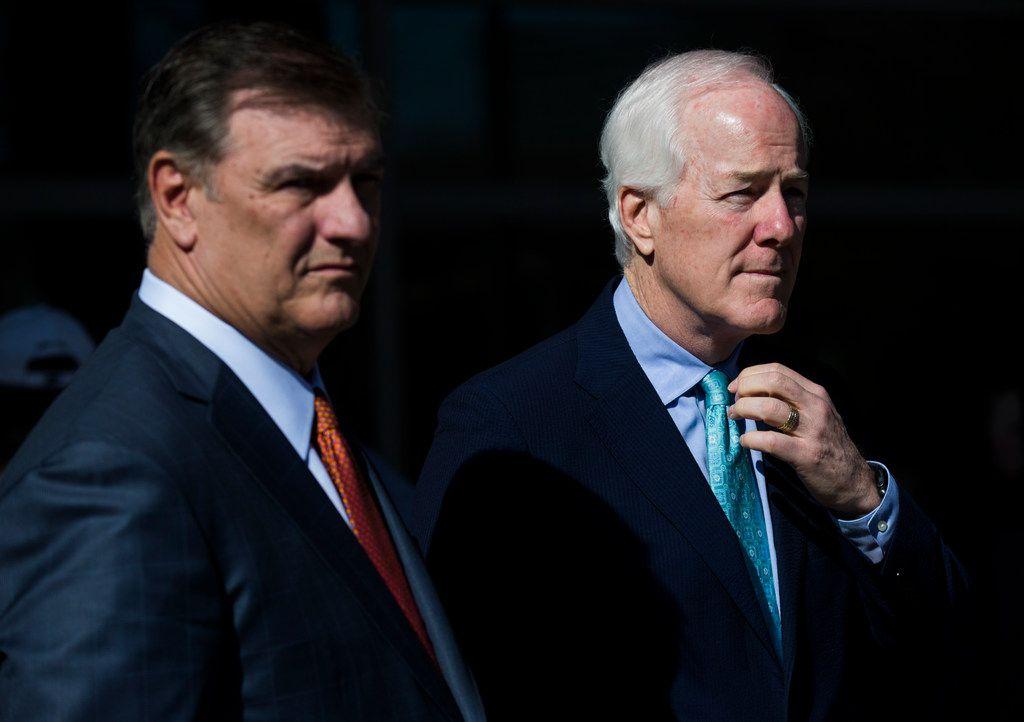 Dallas Mayor Mike Rawlings (left) with U.S. Sen. John Cornyn