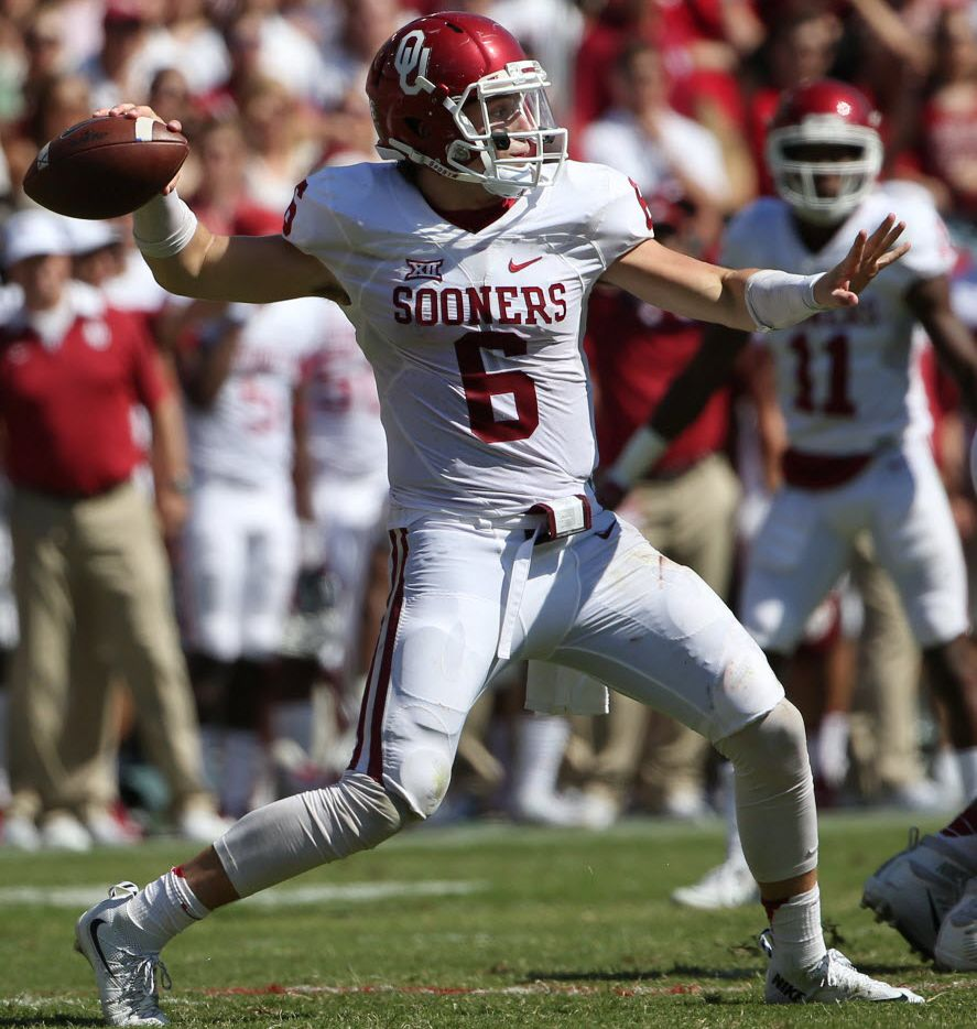 Oklahoma Sooners quarterback Baker Mayfield (6) throws the ball in the fourth quarter during an NCAA football game between Oklahoma and Texas at the Cotton Bowl in Dallas Saturday October 10, 2015. Texas Longhorns beat Oklahoma Sooners 24-17. (Andy Jacobsohn/The Dallas Morning News)