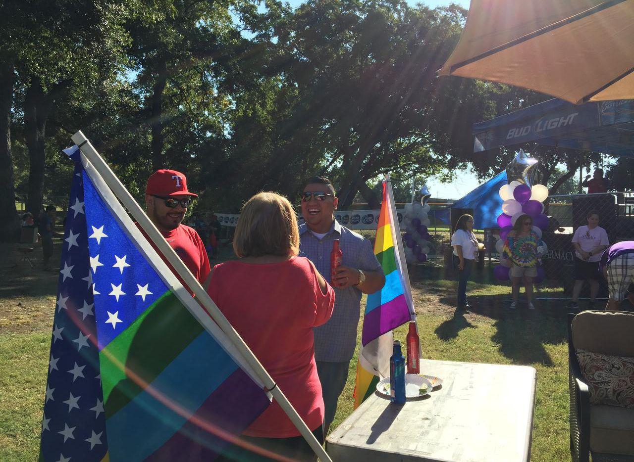 Dallas obtuvo el máximo puntaje para ciudades amigales para personas LGBT. Hace pocas semanas se realizó el festival Latino Gay Pride en Reverchon Park. (ARCHIVO DMN/ARCHIVO DMN)