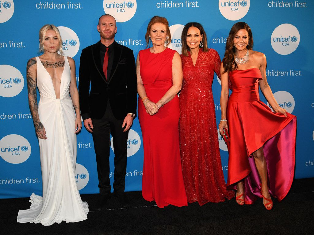 From left: Recording artist Skylar Grey, actor Oliver Trevena, Duchess of York Sarah Ferguson, Great Plains Regional Board and event co-chair Moll Anderson, and emcee Brooke Burke-Charvet at the UNICEF Gala at The Ritz-Carlton.