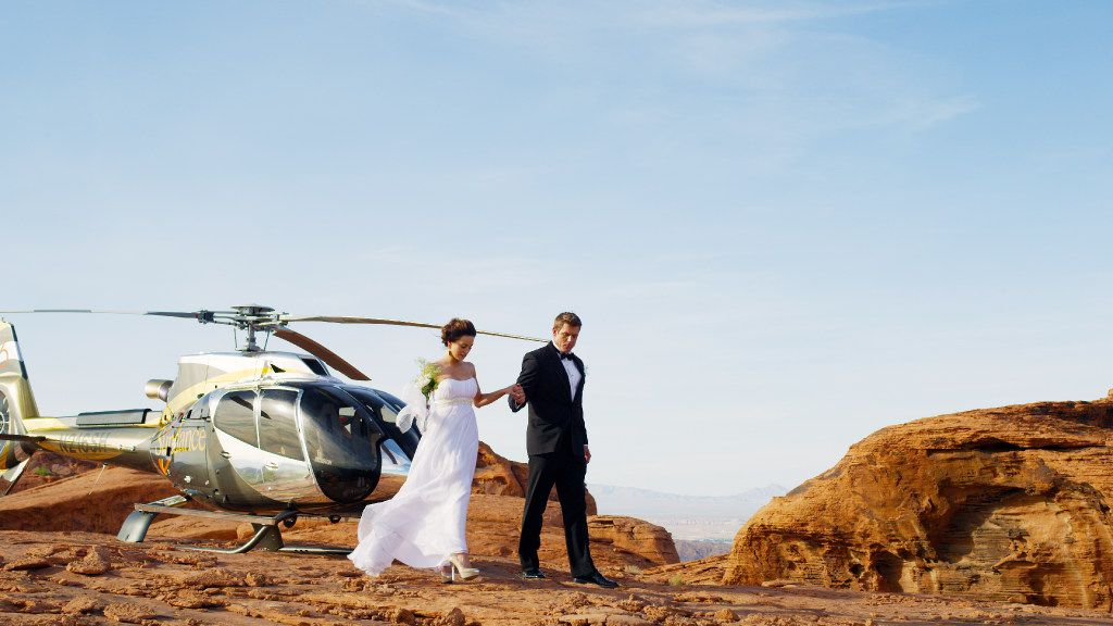 Sundance Helicopters offers an outdoor wedding ceremony at the Grand Canyon.