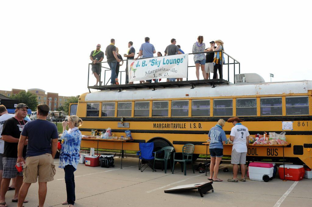 Margaritaville I.S.D. joins the party at the Jimmy Buffett tailgate party at Toyota Stadium in Frisco, TX on May 30, 2015.