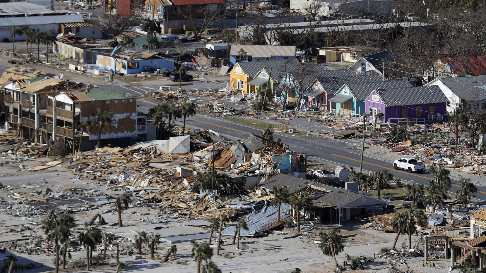 La playa de Mexico Beach en Florida fue devastada por el Huracán Michael en octubre del 2018.(AP)