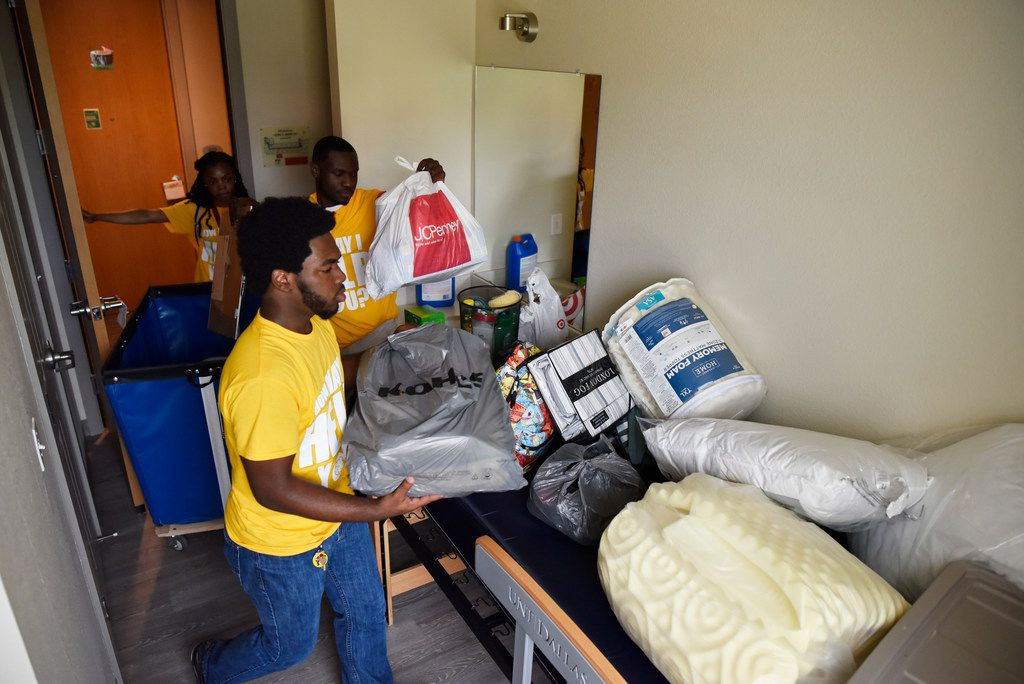 Sophomore Juwon Gran president of the Resident Hall Association and other student volunteers helped incoming freshman move into the dorm at UNT-Dallas.