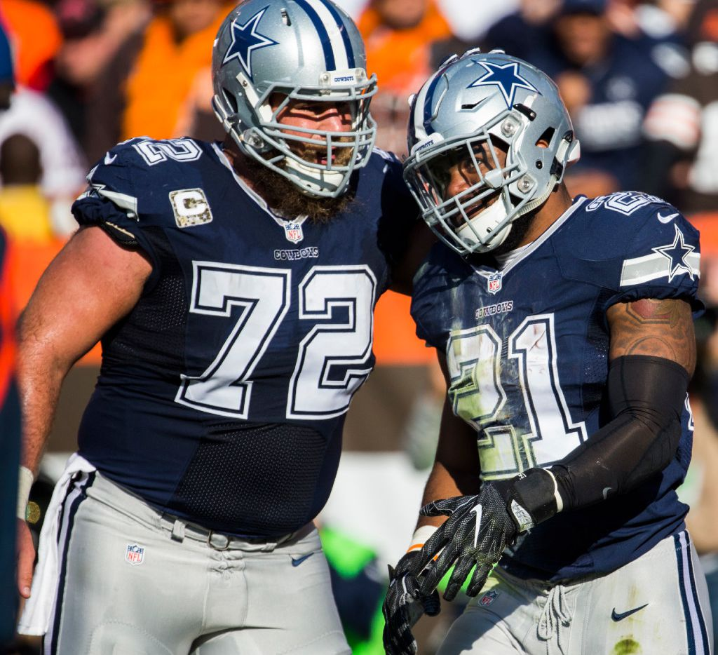 new styles fdb97 e1c10 Cowboys center Travis Frederick can see how much Dak ...