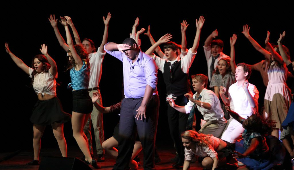 """Waxahachie High School students perform """"Too Darn Hot"""" from Kiss Me Kate during before the Dallas Summer Musicals High School Theater Awards show at the Music Hall at Fair Park in Dallas on Tuesday, May 7, 2013. (Louis DeLuca/The Dallas Morning News)"""