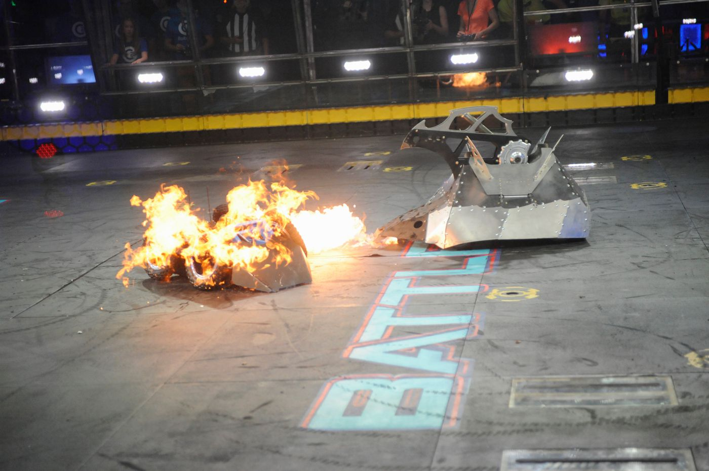 """Chomp and Overdrive do battle in episode 2 of this season's """"BattleBots"""" on ABC."""