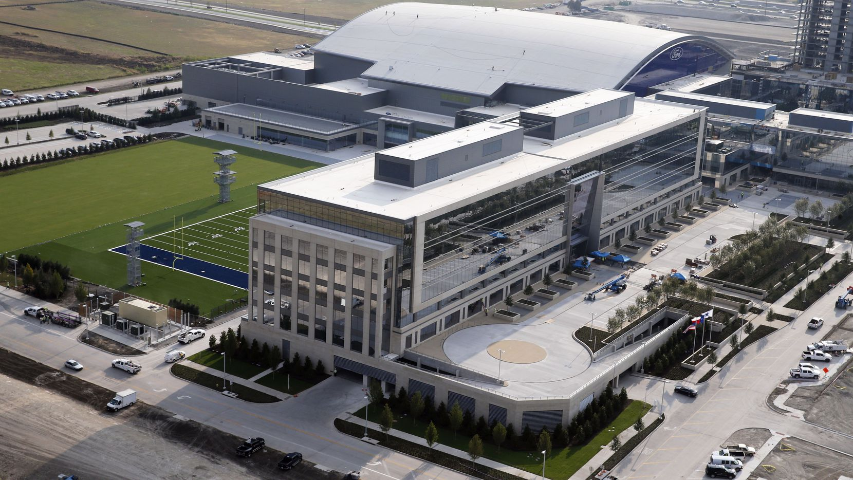 Dallas law firm McCathern PLLC has signed a 10-year lease in the Dallas Cowboys' headquarters office building on Warren Parkway west of the Dallas North Tollway.