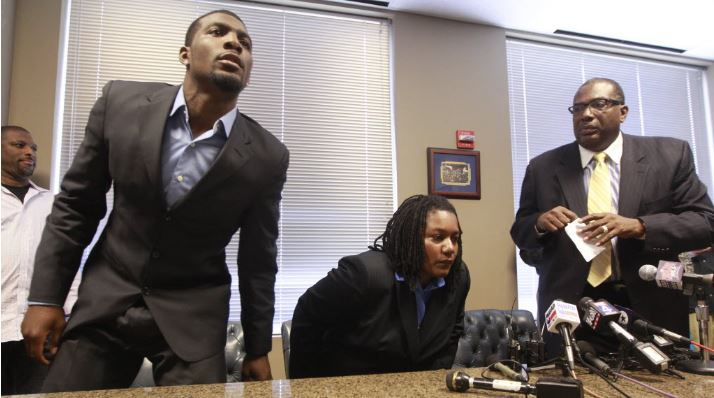 State Sen. Royce West (right) once served as Dez Bryant's attorney. In July 2012 they appeared together at a news conference with Byrant's mother.