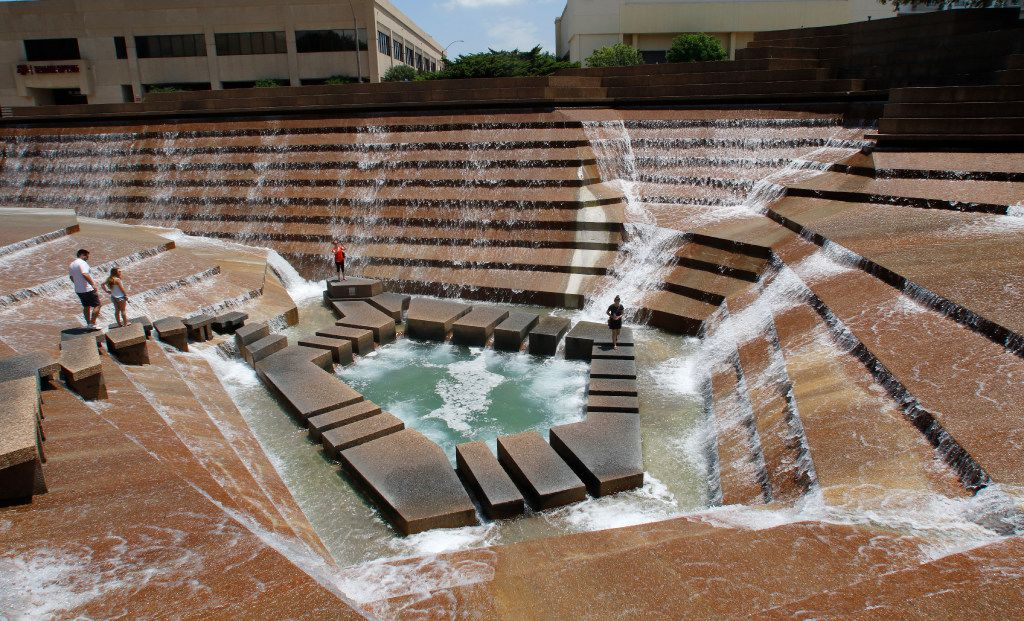 The Fort Worth Water Gardens, built in 1974, is located on the south end of downtown Fort Worth between Houston and Commerce streets next to the Fort Worth Convention Center.