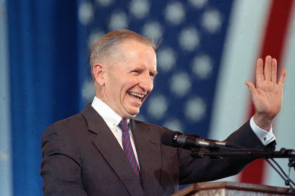 In this undated 1992 photo, businessman and U.S. presidential candidate H. Ross Perot waves. Perot, the Texas billionaire who twice ran for president, has died, a family spokesperson said  July 9, 2019. He was 89.  (AP Photo/File)