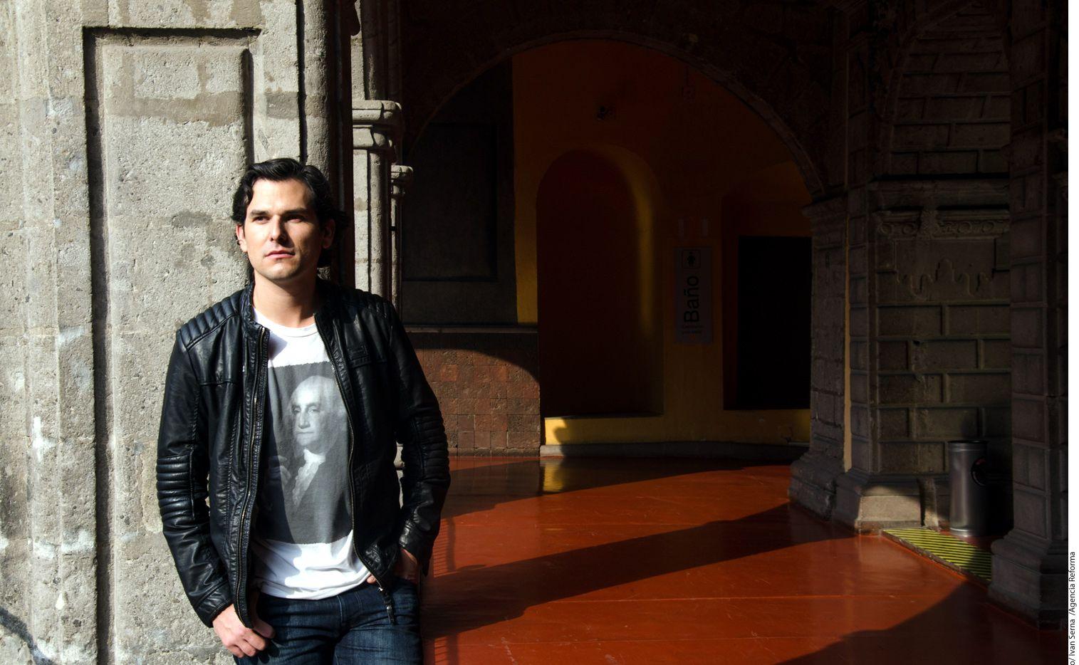 Alan Estrada está enfocado ahora más en su blog de viajes que en la actuación, lo que lo hace muy feliz./AGENCIA REFORMA