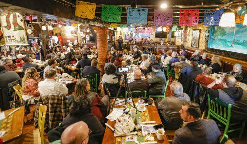 """Cuatro candidatos a la alcaldía estarán en el desayuno mensual """"Chorizo y menudo"""" en El Ranchito. DMN"""