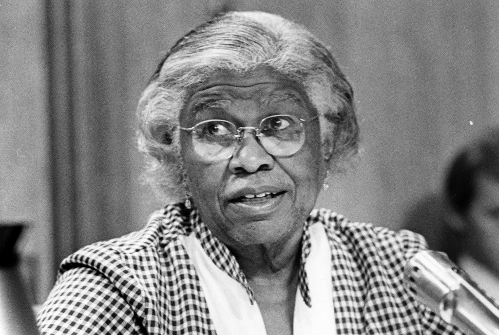 In September 1976, Juanita Craft was a member of the Dallas City Council.