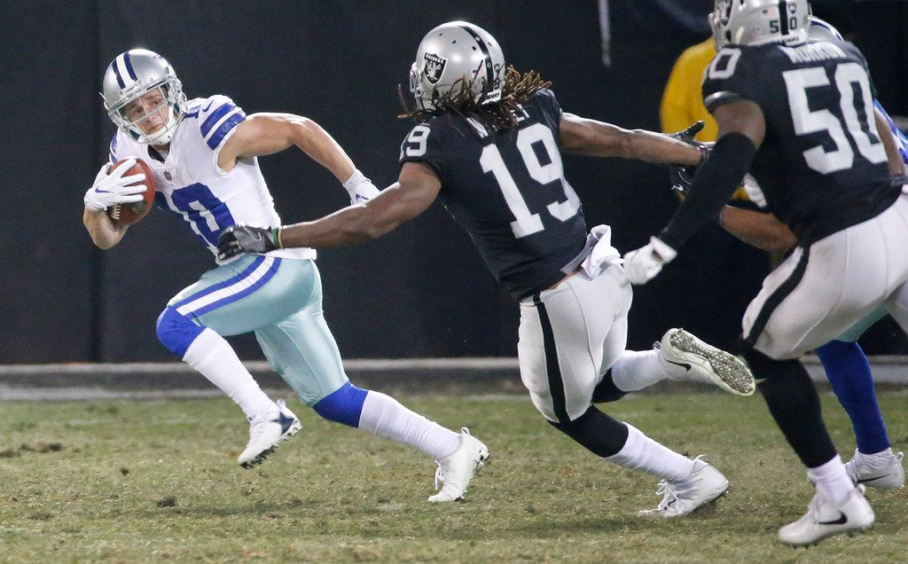 Dallas Cowboys wide receiver Ryan Switzer (10) returns a punt during the Dallas Cowboys vs. the Oakland Raiders NFL football game at the Oakland-Alameda County Stadium in Oakland, California on Sunday, December 17, 2017. (Louis DeLuca/The Dallas Morning News)